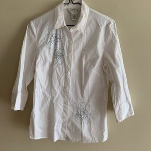 Orvis Embroidered Flowers Button-down Blouse